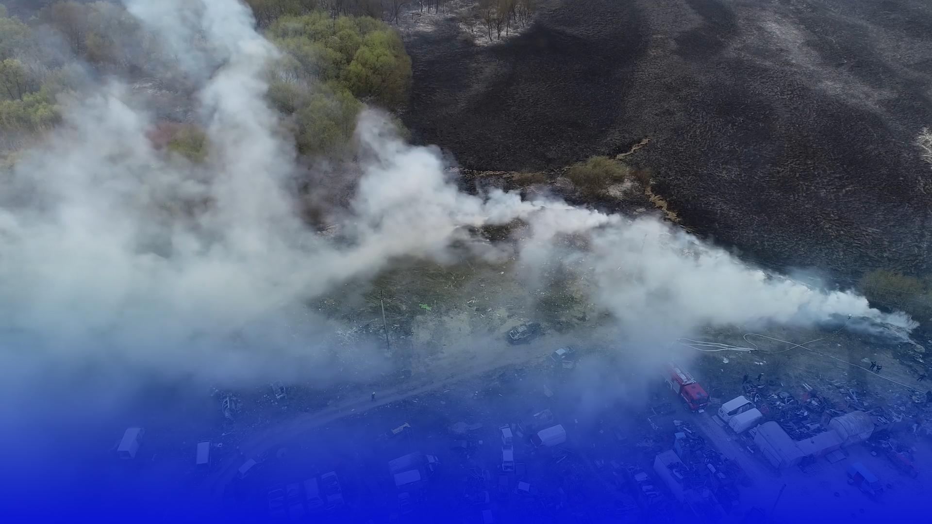 Тернопільські рятувальники застерігають від спалювання сухої трави