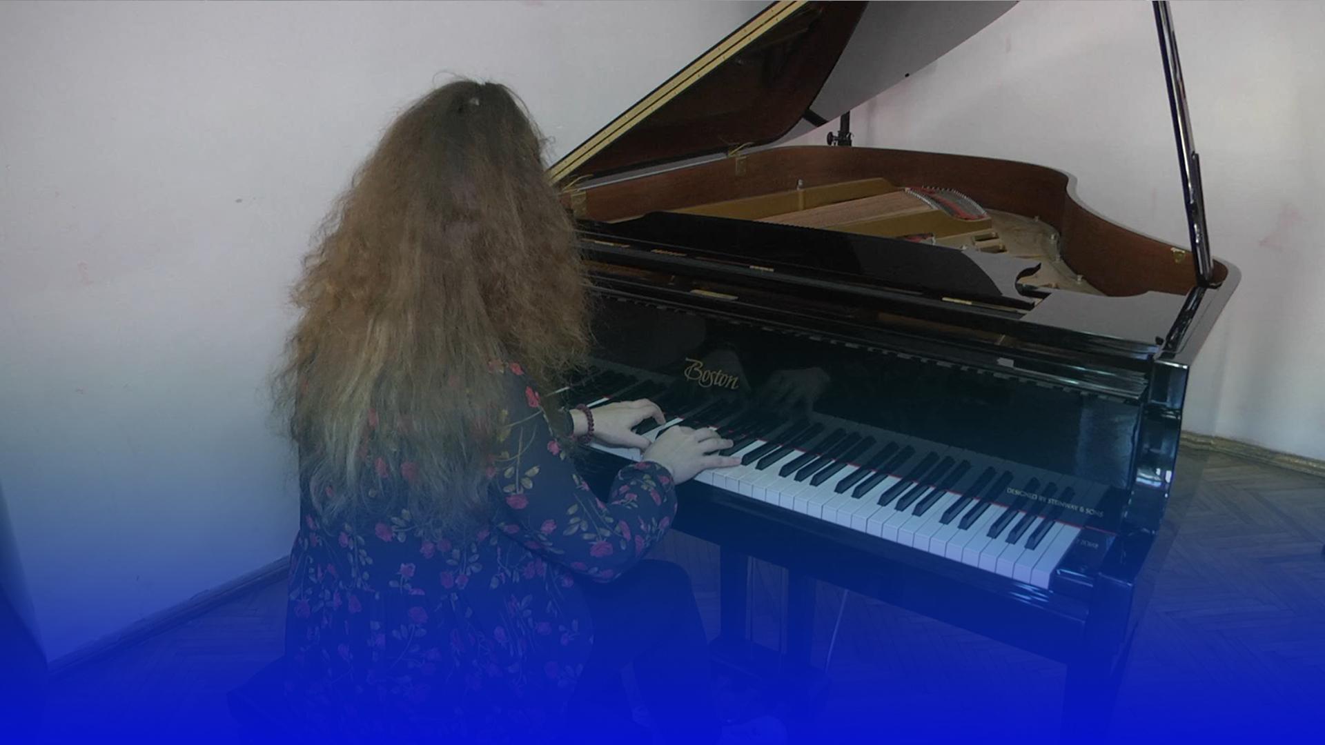 Юна піаністка з Тернополя перемогла в міжнародному музичному конкурсі