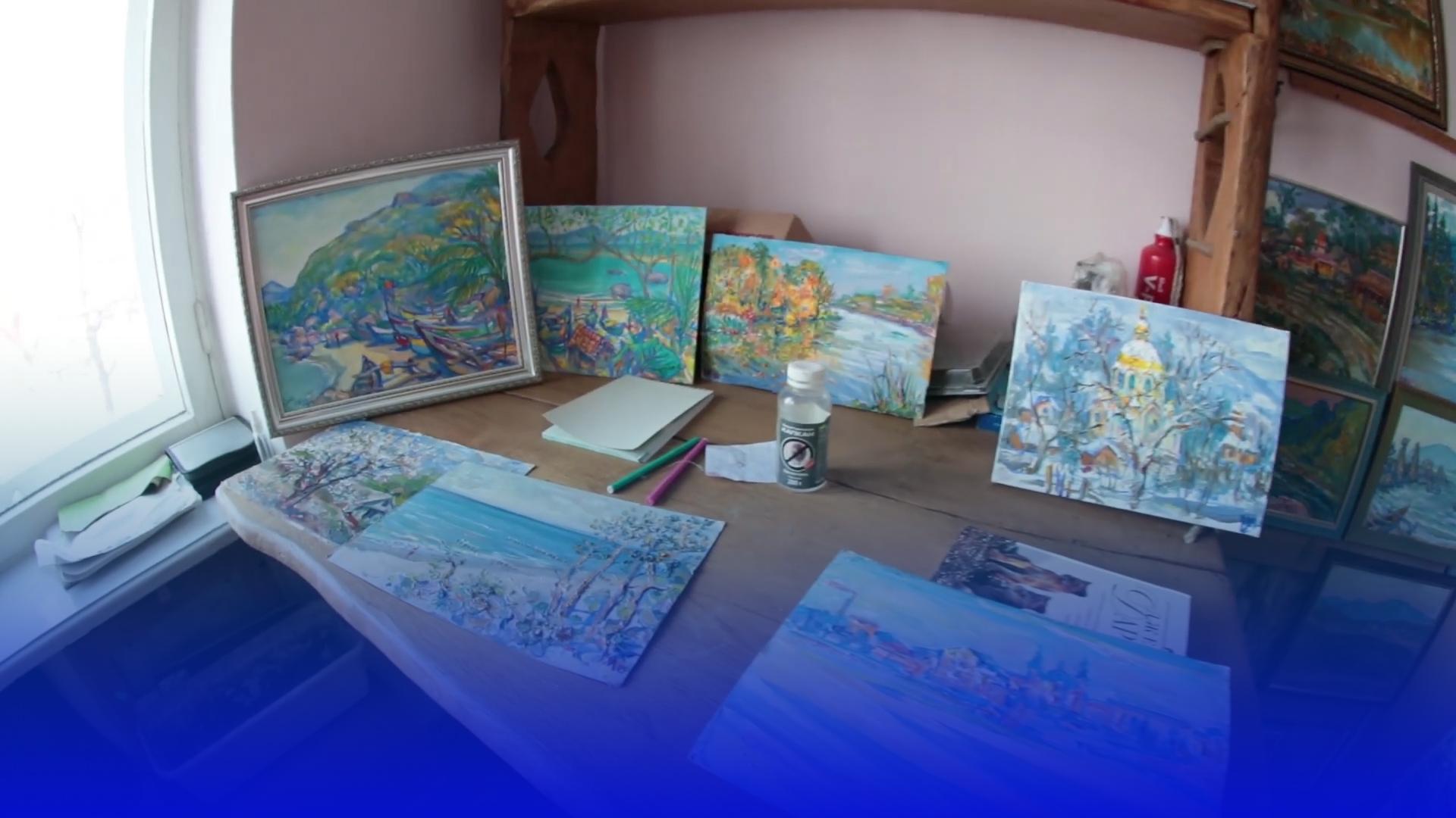 Художник з Тернополя продає картини, щоб допомогти дітям у притулку