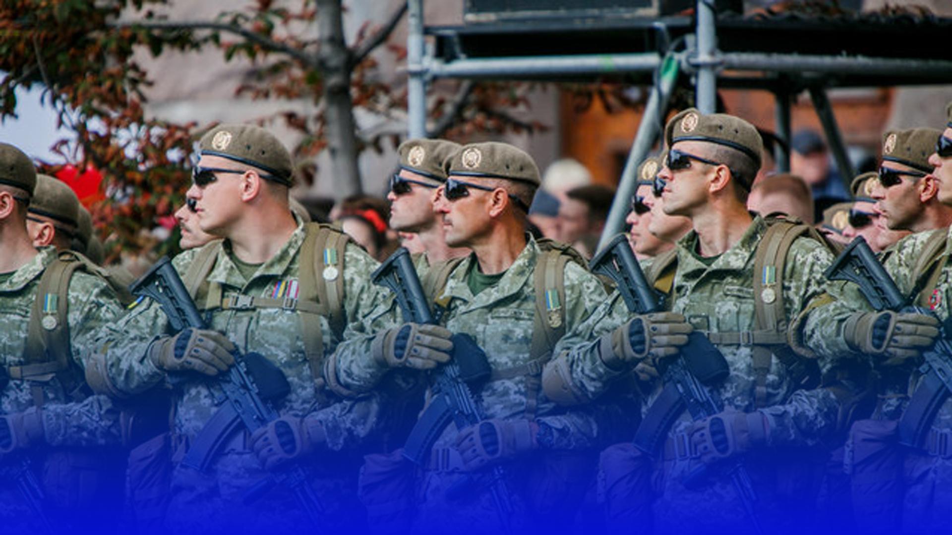 До армії: батьки скаржаться, що хлопців призовного віку затримують посеред вулиці