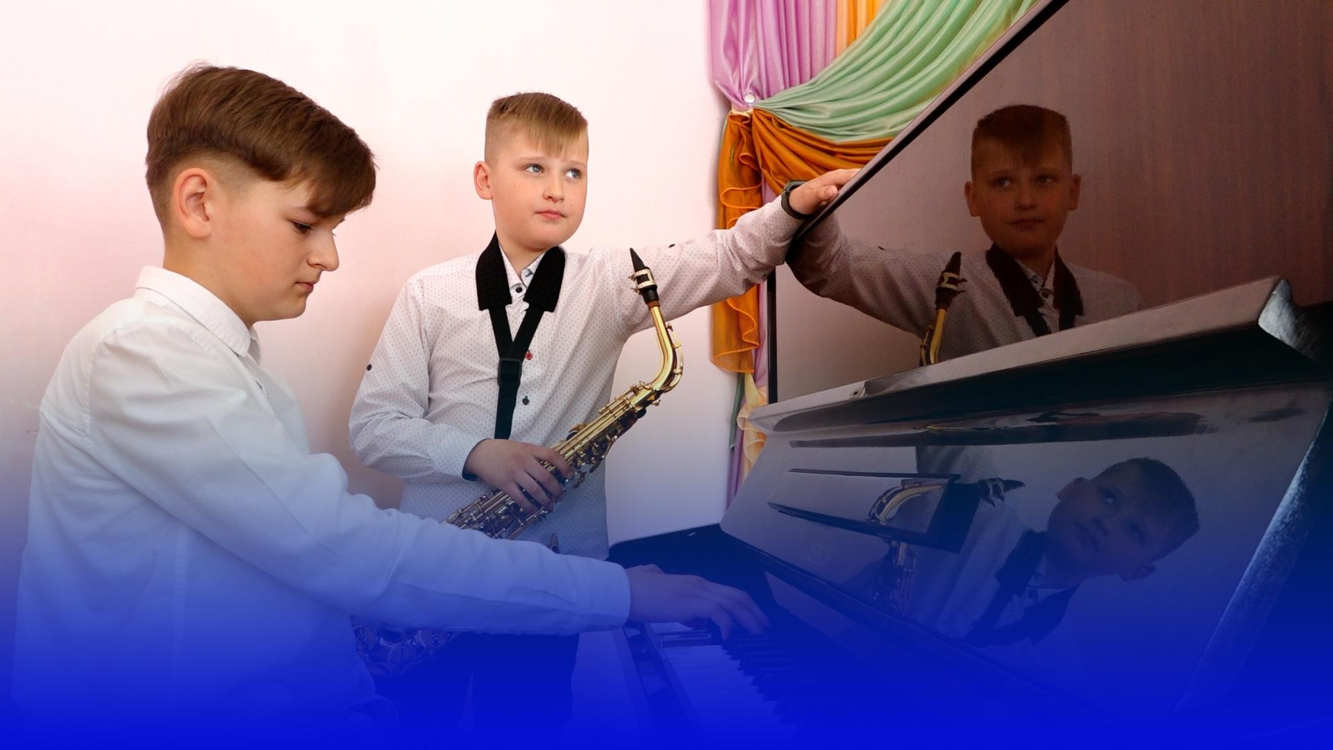 Тернопільський школяр бере участь у проєкті військового оркестру США