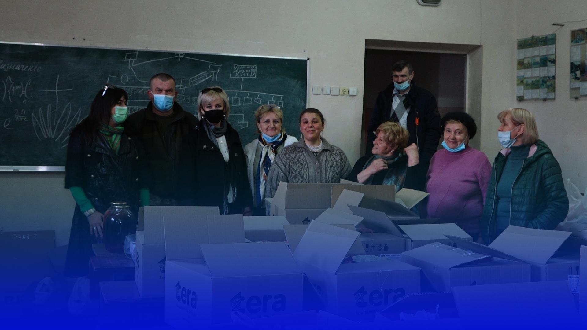 «Великодній кошик для солдата»: тернопільські волонтери відправляють смаколики в зону ООС