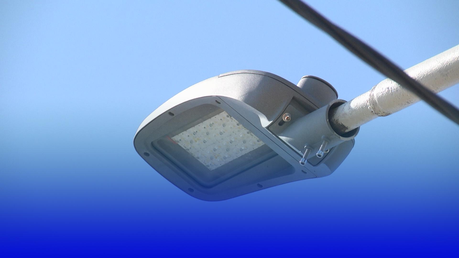 У Тернополі модернізовують вуличне освітлення в рамках проєкту «Світло без ртуті»