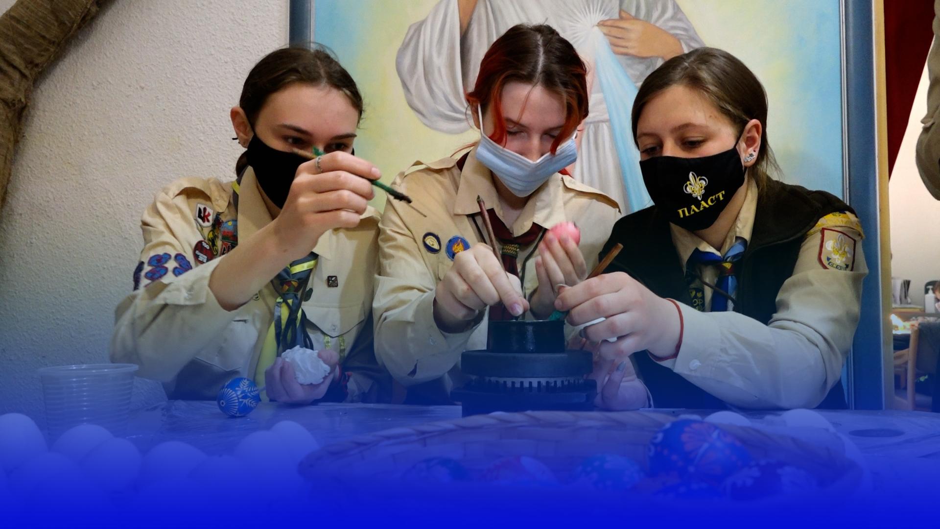 """""""Великодня веселка"""": Контінентал Фармерз Груп щорічно проводить майстер-класи із писанкарства"""