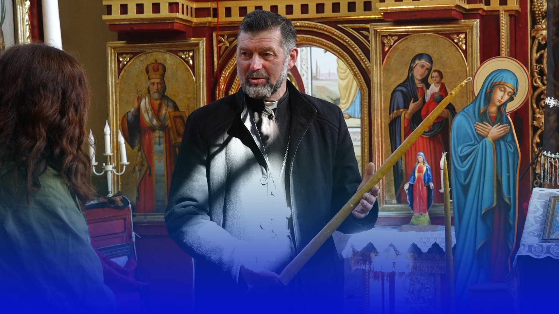 Унікальна традиція: на Чортківщині люди самостійно створюють церковні свічки