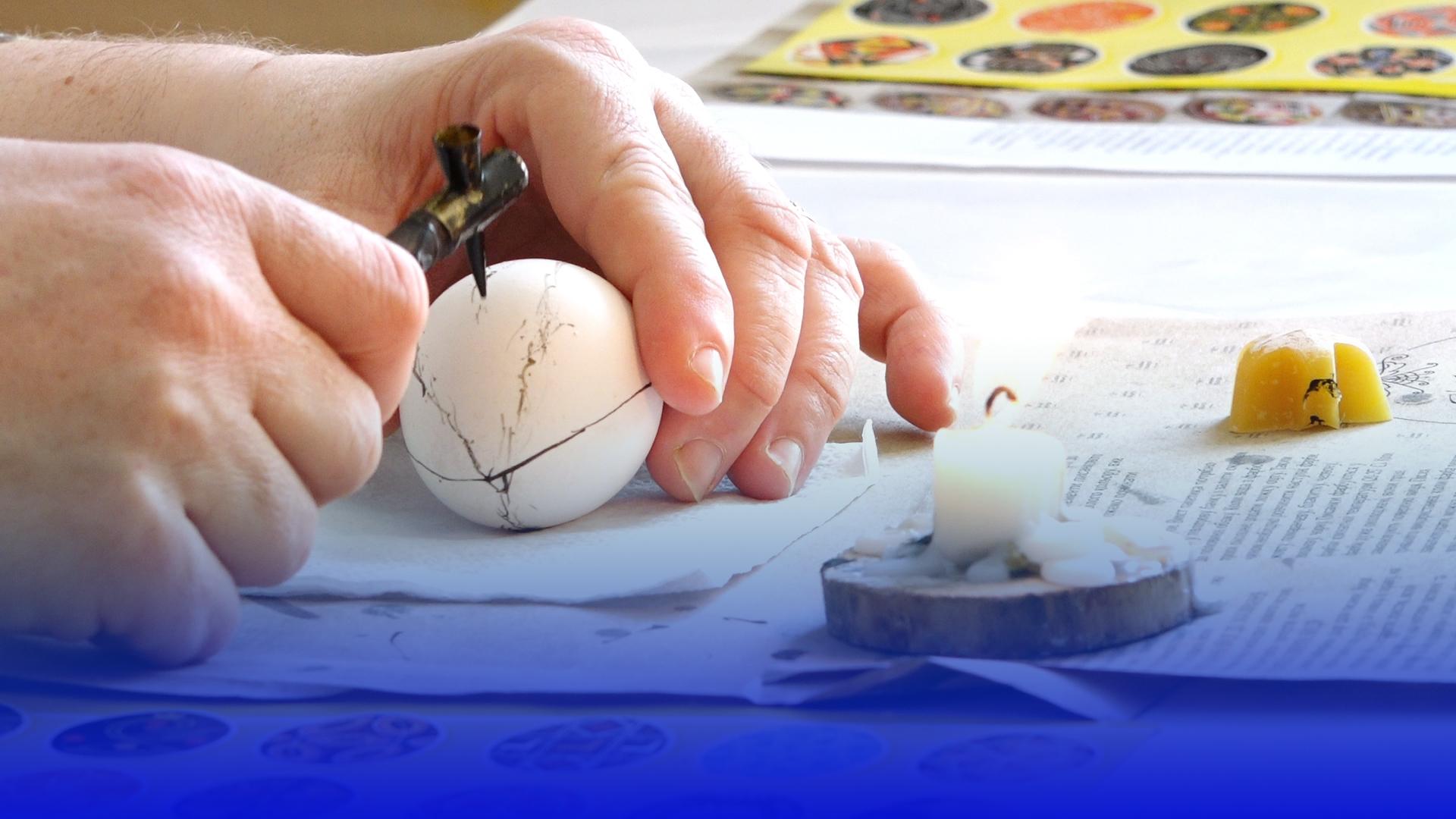 У Тернополі молодь навчають писанкарству