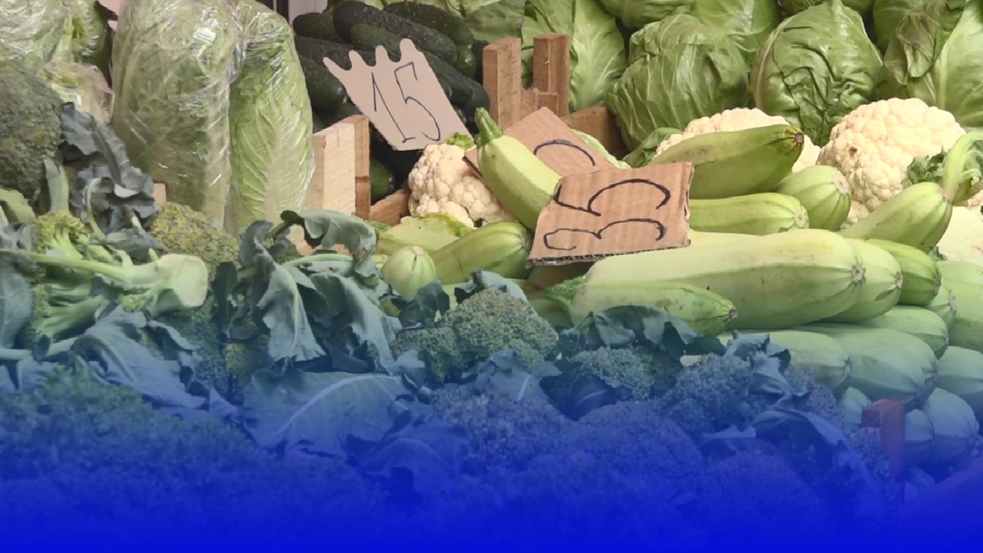Чи є нітрати в овочах та фруктах, які продають на тернопільському ринку