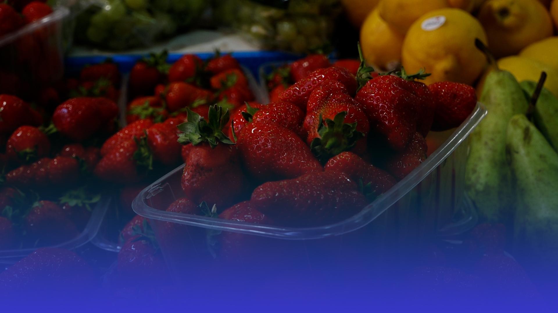 На вагу золота: яка ціна на полуницю у Тернополі