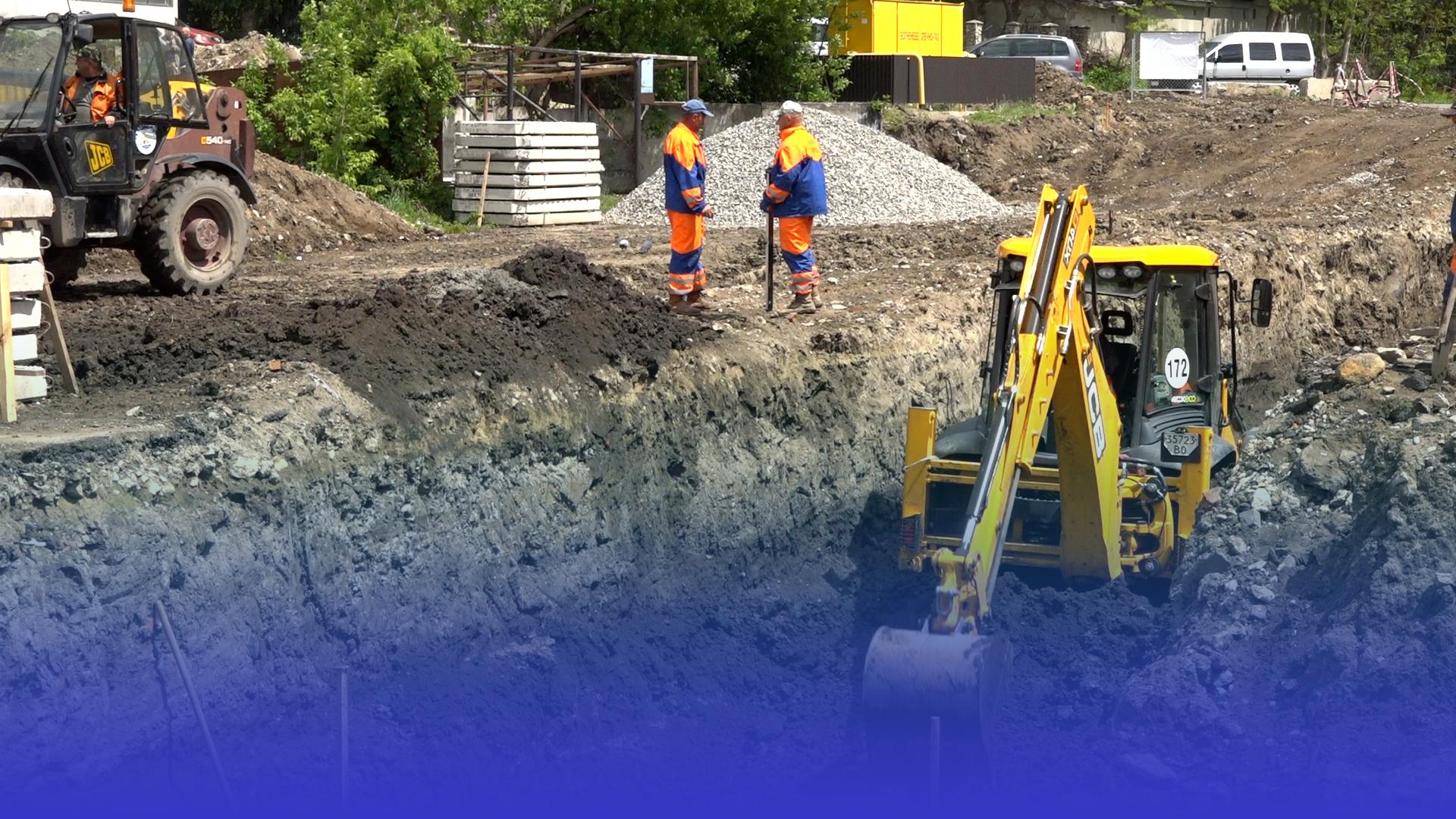 У Тернополі триває будівництво «галицького колектора» та нової дороги