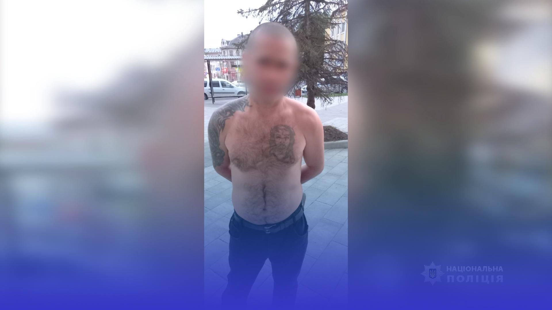 Викрадач телефонів орудував у Тернополі: 38-річного чоловіка затримали