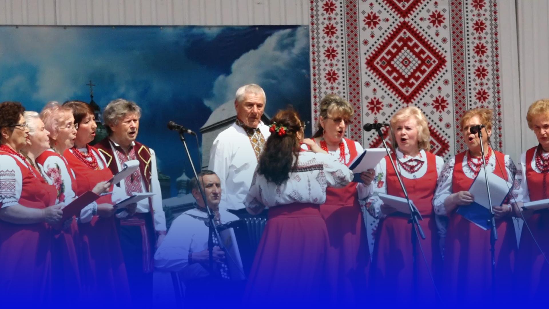 """Тернополяни """"золотого"""" віку організували концерт до Дня Матері"""