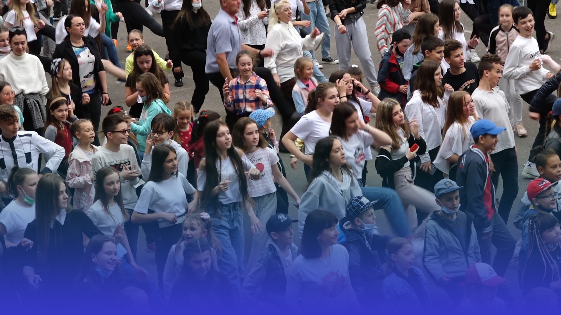 Танцюють усі: у тернопільській школі 24 педагоги та учні активно проводять перерви