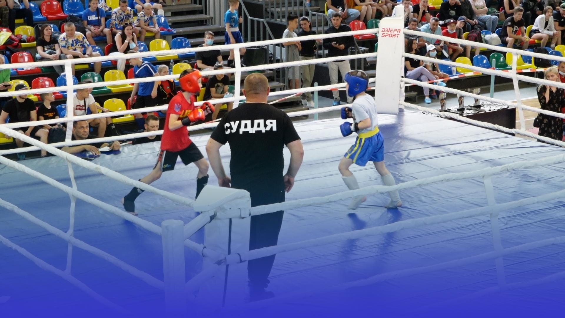 Бійці з 12 областей України: у Тернополі провели відкритий турнір з ММА