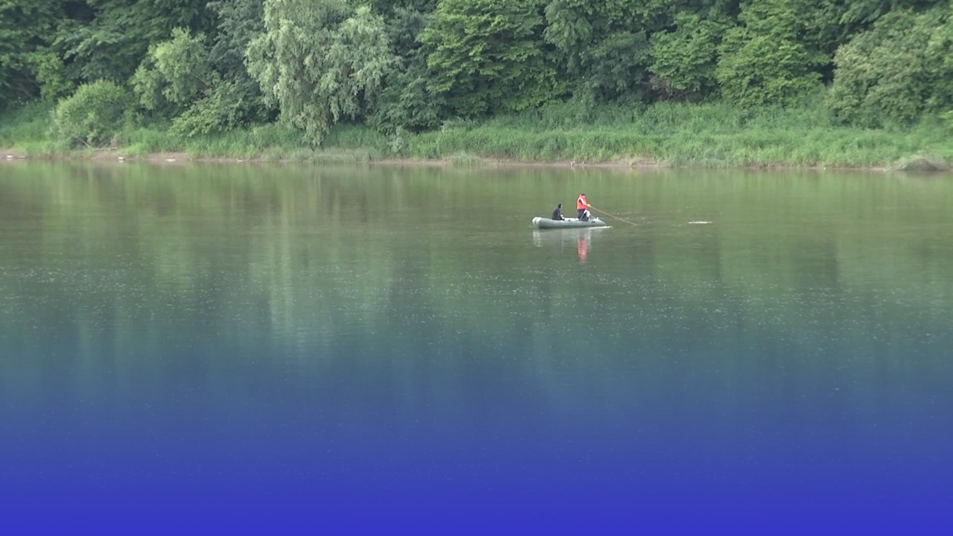 Шукали понад три доби: деталі риболовлі, під час якої втопились підлітки з Чортківщини