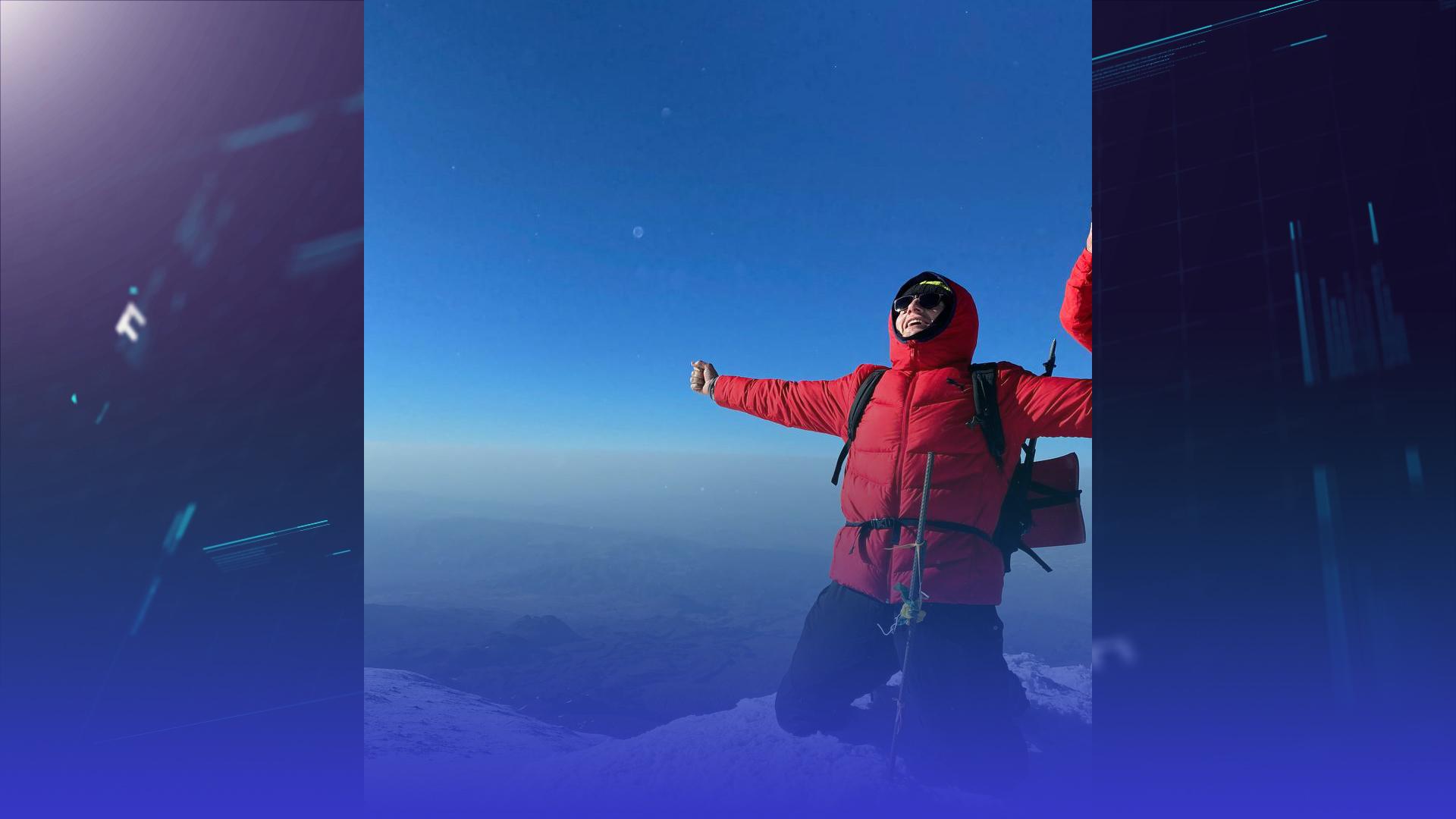 Підкорив Арарат: тернопільський альпініст піднявся на одну з найвідоміших вершин світу