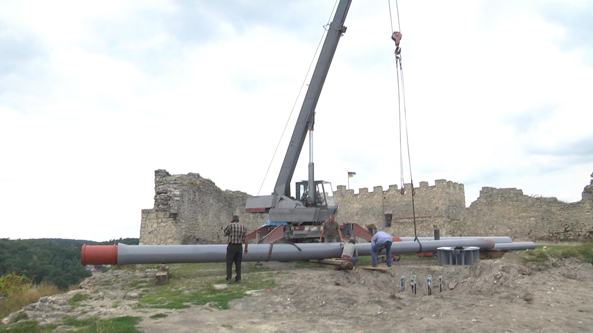 Патріотизм ціною історичної пам'яті: у Кременці поруйнували фортецю