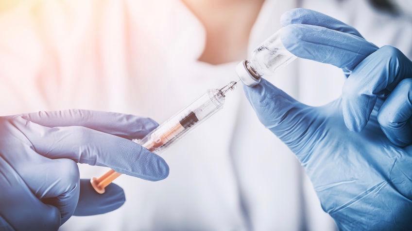 Не вакцинованих тернополян не допускатимуть до роботи