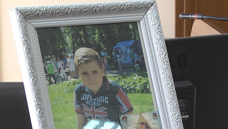 Більше двох років у суді Володимир Кулак добивається справедливого покарання винних у смерті сина