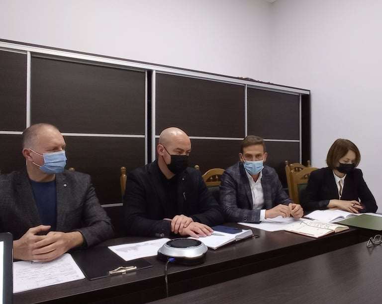 1369 людей хворіє на коронавіруc у Тернополі