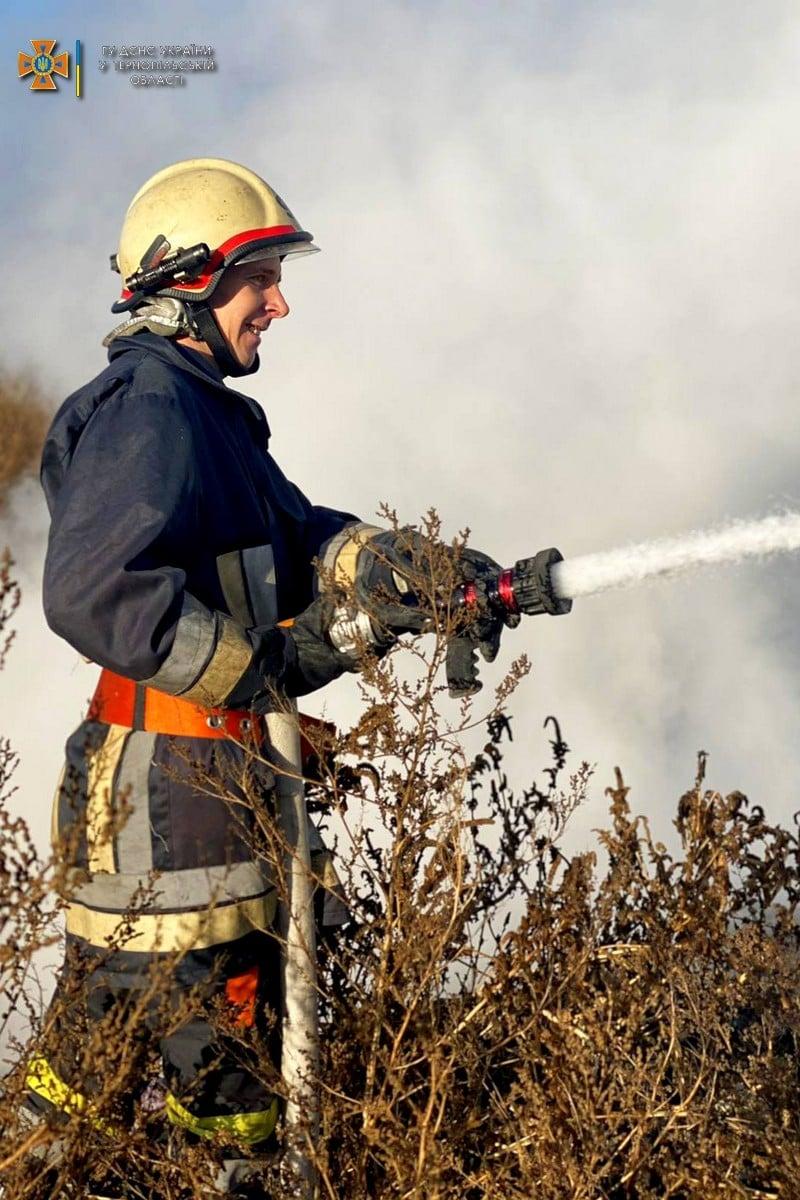 Пожежу на бучацькому сміттєзвалищі ліквідували